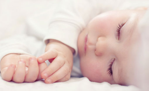 نصائح من أجل سلامة طفلك خلال النوم