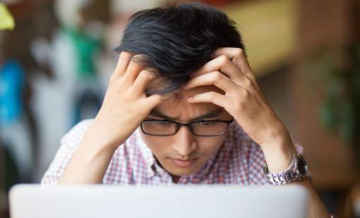 إدمان الإنترنت  لدى المراهقين
