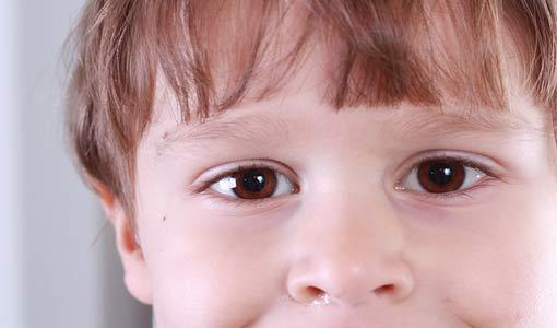 أثر الدلال على شخصية الطفل
