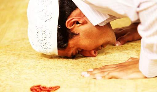 آيات قرآنية دلت على الصلاة بألفاظ أخرى