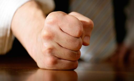 الغضب.. قوة أم ضعف؟
