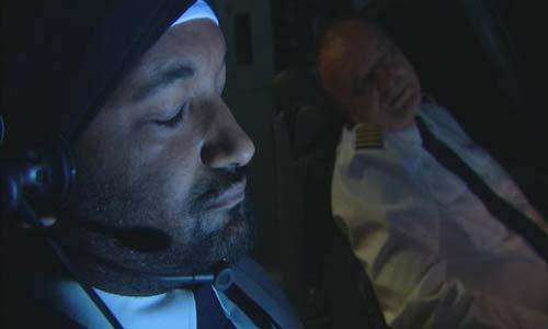 أكثر من نصف الطيارين ينامون أثناء رحلاتهم