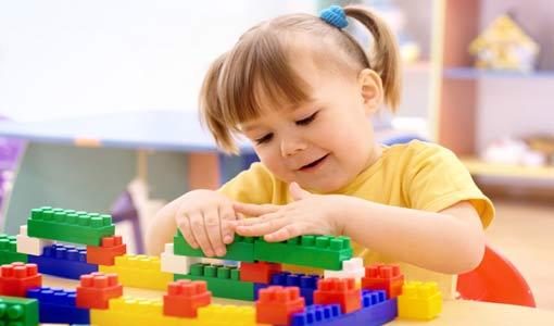 ضرورة اللعب والمرح للطفل