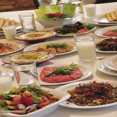 ما هي الوجبة الغذائية الصحية في رمضان؟