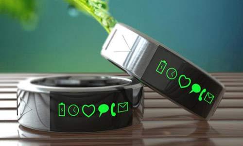 خاتم ذكي يمكن توصيله بالهواتف والحواسب اللوحية