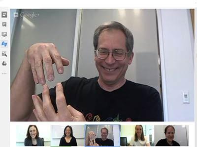 جوجل تدعم «لغة الإشارة» في خدمة Hangouts