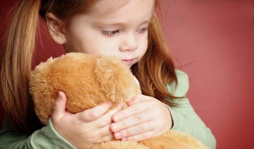أثر التربية الخاطئة على شخصية الطفل