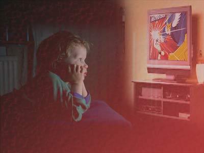 دراسة: خطر تلفزيوني على مهارات الطفل