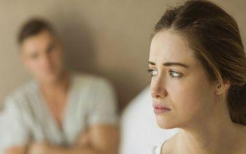 حيل تكسر الروتين وتقوي العلاقة الزوجية
