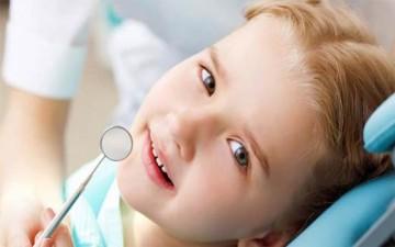 السن الأفضل لتقويم الأسنان لدى الطفل
