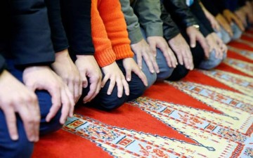 تحلي أفراد المجتمع المسلم بالخُلق الحسن