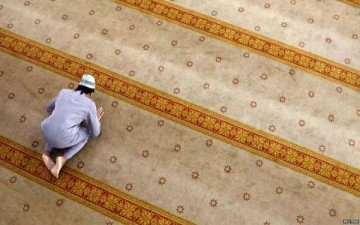الصلاة.. فضلها عظيم وخيرها عميم