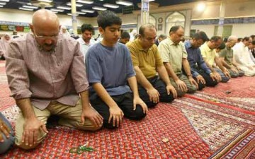 البعد الاجتماعي في الصلاة