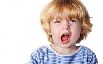 أسباب عدوانية الطفل وطرق علاجها