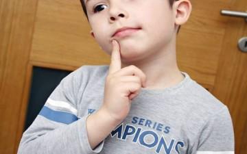 متى يصبح تدليل طفلك خطراً عليه؟