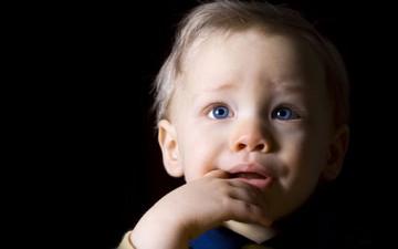 الخوف عند الطفل.. عوامل واقية