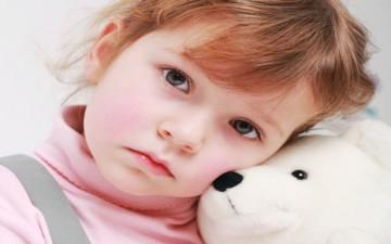 اكتئاب الأطفال.. جين وراثي وظروف اجتماعية