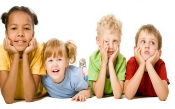 كيف ننمي الصداقة مع الأطفال؟
