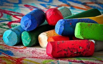 ما هي مدلولات الألوان؟