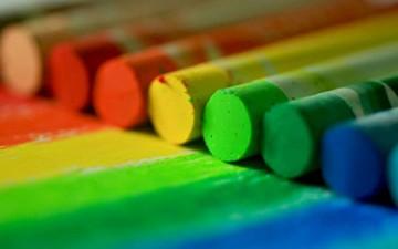 تأثير الألوان في شخصية الشباب