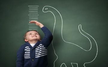 عناصر غذائية وأطعمة مهمّة لنمو الطفل