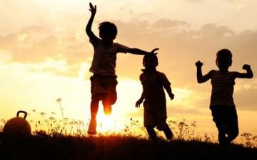 دور الأسرة في تنمية مهارات الصداقة لدى الأبناء