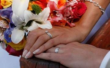 فترة الخطوبة تحدد مستقبل الزواج