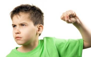 العنف ضد الأبناء.. الاصطدام بالحلقة الأضعف