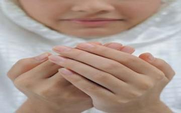 دعاء اليوم الثامن والعشرون: (اَللّهُمَّ وَفِّرْ حَظّي فيهِ مِنَ النَّوافِلِ، وَاَكْرِمْني فيهِ بِاِحْضارِ الْمَسآئِلِ،...)