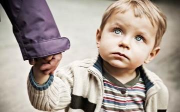 بين إحترام  الطفل وتحطيم شخصيته