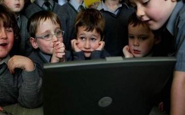 استبدال المعلمين بالكمبيوتر في بريطانيا بحلول عام 2016