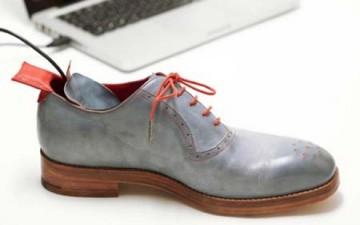 حذاء ذكي يرشدك إلى اتجاه منزلك