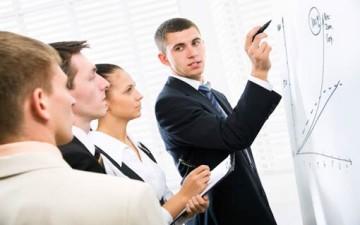 هل أنت قائد جيد.. مسهل لعمل فريقك؟
