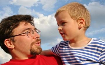 لماذا يتوقف حوار الآباء مع الأبناء؟