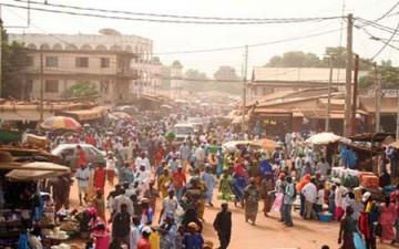 تقليص أسبوع العمل في غامبيا إلى 4 أيام