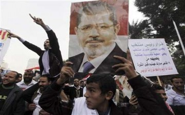مرسي يدعو الناخبين للاستفتاء على مشروع الدستور في 15 ديسمبر