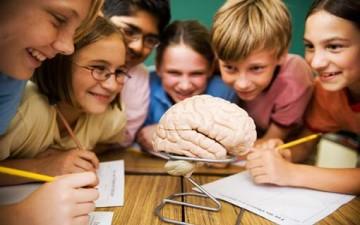 مساعدة الطفل على تحقيق النجاح العلمي