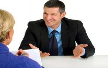 النظرة الأولى تحدد مستقبلك الوظيفي