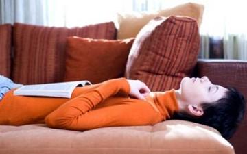 استيقاظ 15 دقيقة ليلاً يساعد على تذكر الحلم صباحاً