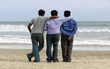 «رفاق السوء» خطر يحاصر المراهقين