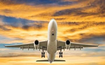صيني يخدع شركة طيران لمدة عام كامل